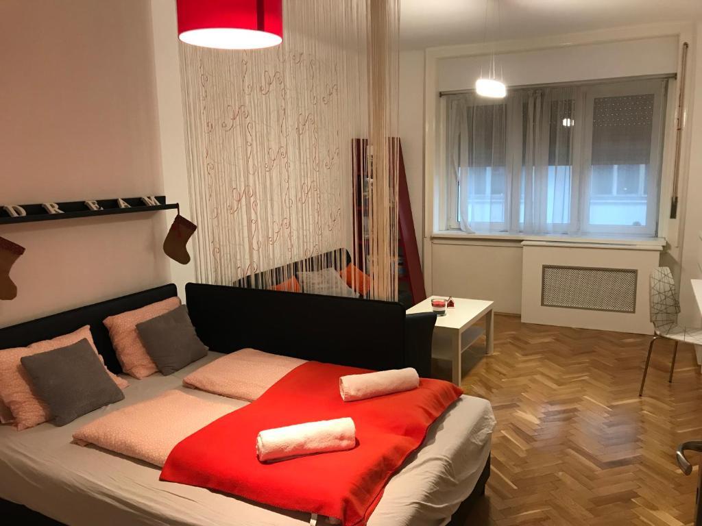 Tempat tidur dalam kamar di P3 Cozy Flat