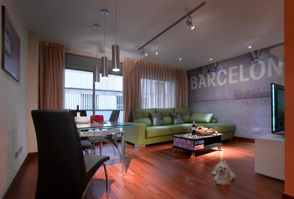 Appart 39 h tel castro exclusive res espagne barcelone for Appart hotel barcelone avec piscine