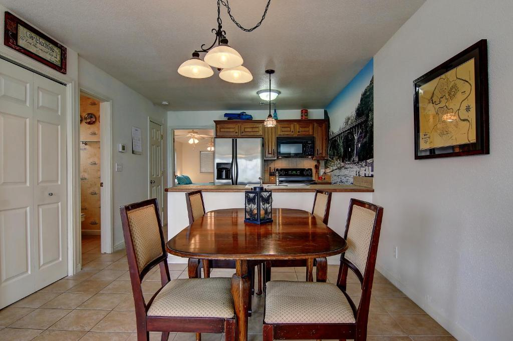 GraceLanda WWC302 Condo, New Braunfels, TX - Booking.com