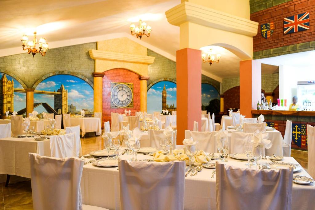 Ресторан / где поесть в Brisas Guardalavaca