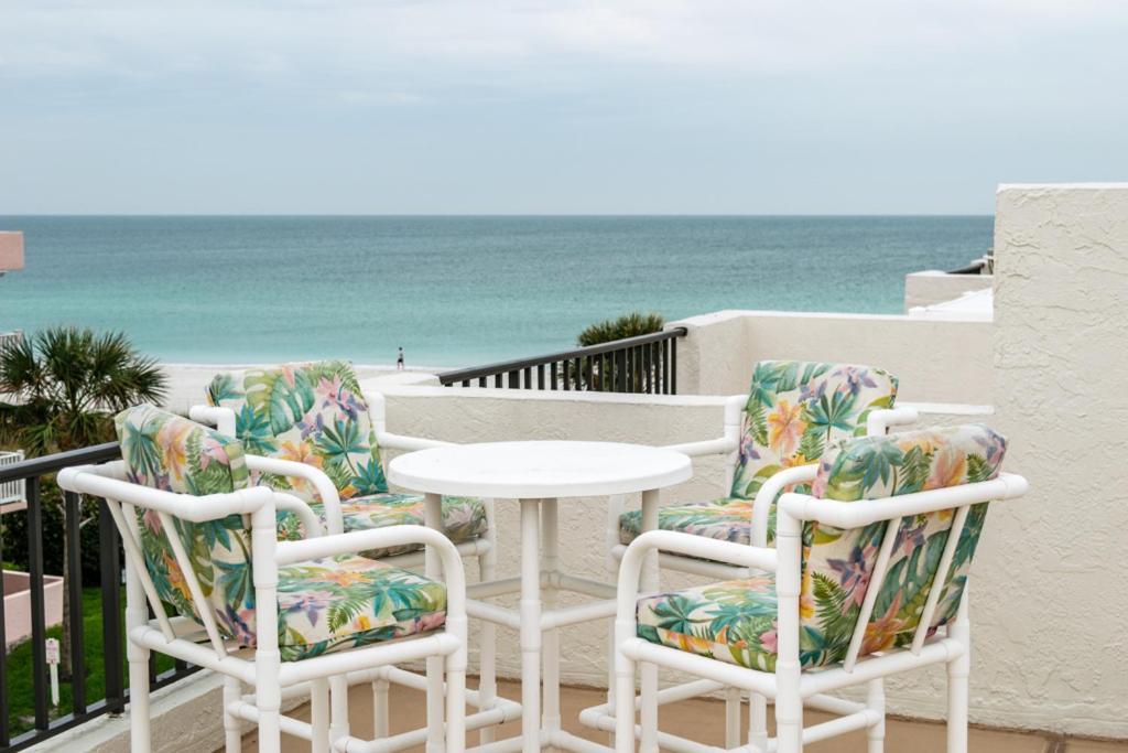 Ocean Park Terrace 201 Condo Holmes Beach Fl Booking Com