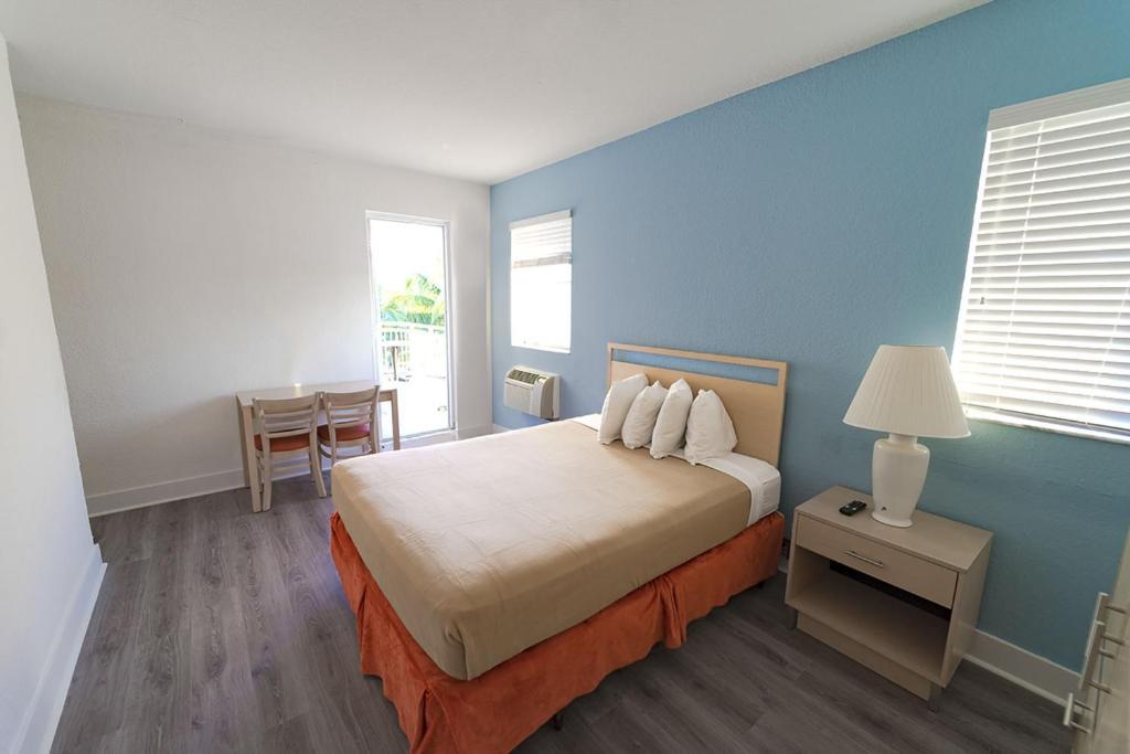 Ocean Surf Hotel Miami Beach Fl Booking