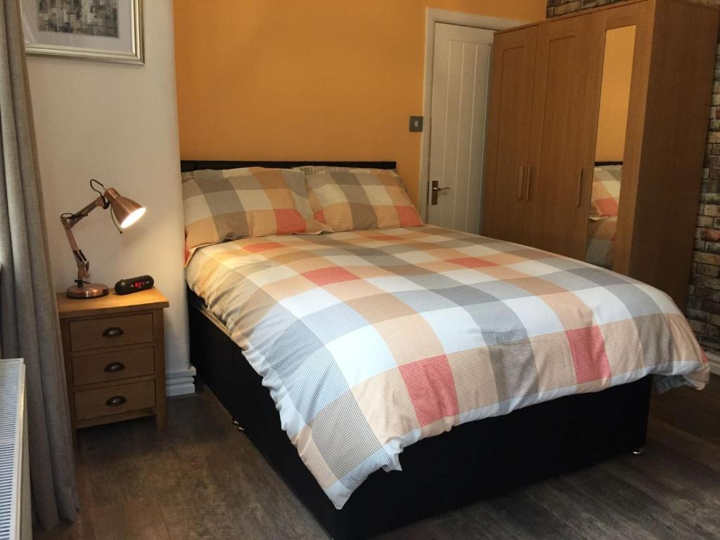 Cosy Apartment in Private Courtyard, Preston, UK - Booking.com