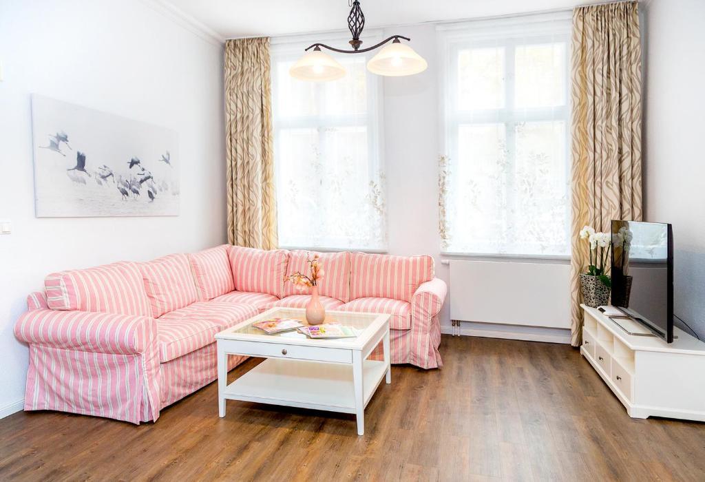Komfortwohnung Innenstadt Schwerin Germany Bookingcom