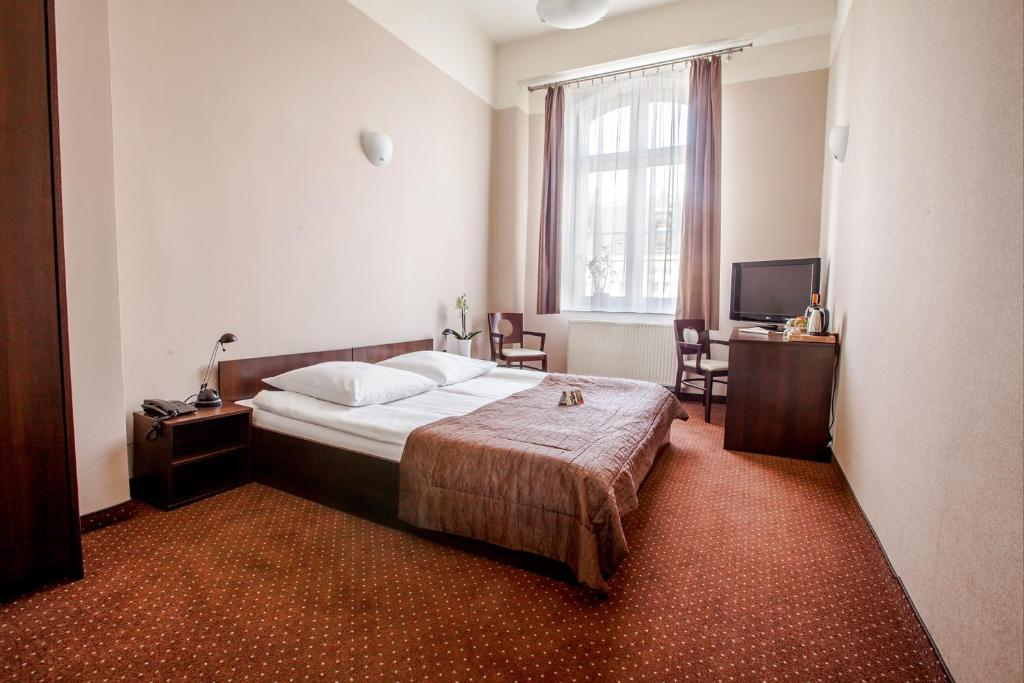 Hotel Diament Economy Gliwice Gliwice Aktualne Ceny Na Rok 2019