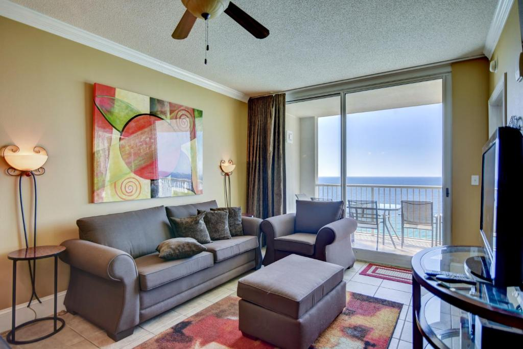 Majestic Beach Resort, Panama City Beach, FL - Booking.com