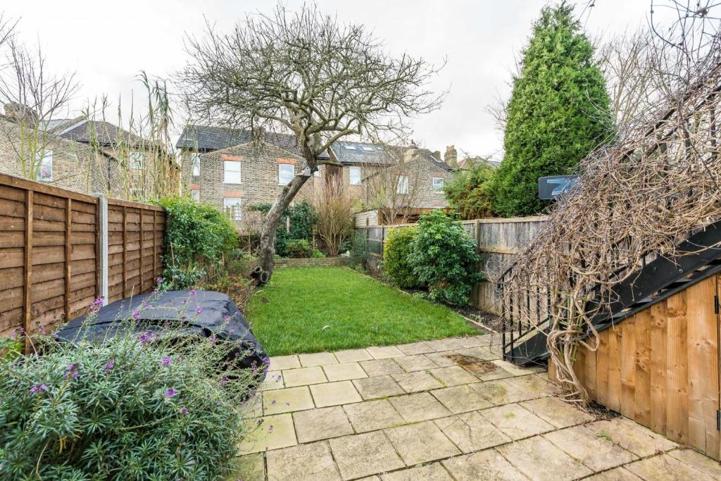 Apartment New Victorian Garden Flat Tulse Hill West Dulwich London