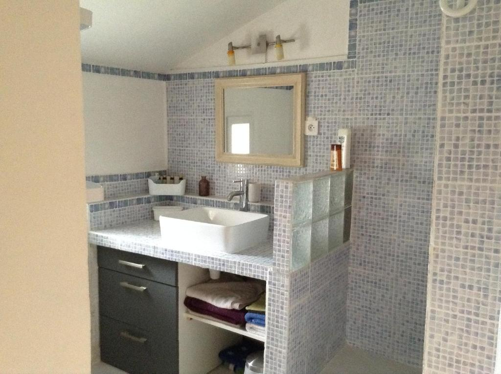 Bed And Breakfast Chambre D Hote Apt France Booking Com