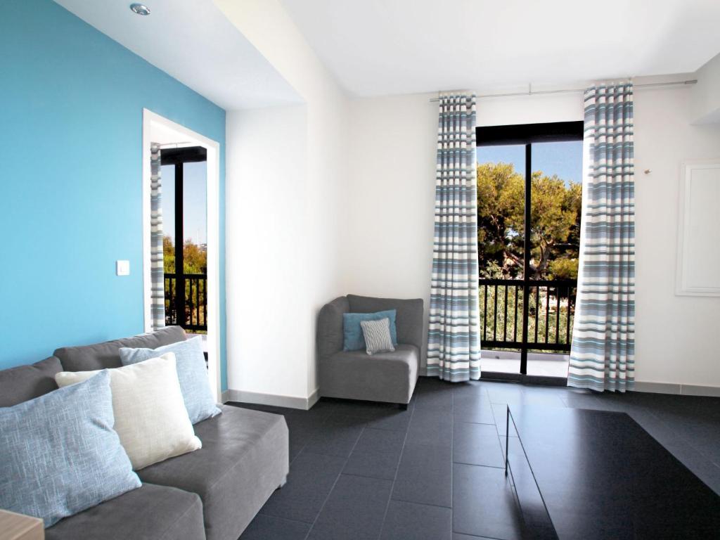 apartment r sidence ile des embiez 2 le brusc france. Black Bedroom Furniture Sets. Home Design Ideas