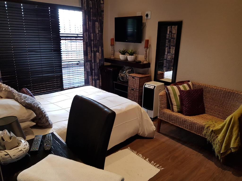 Hotel Sam S Place Sudafrica Alberton Booking Com