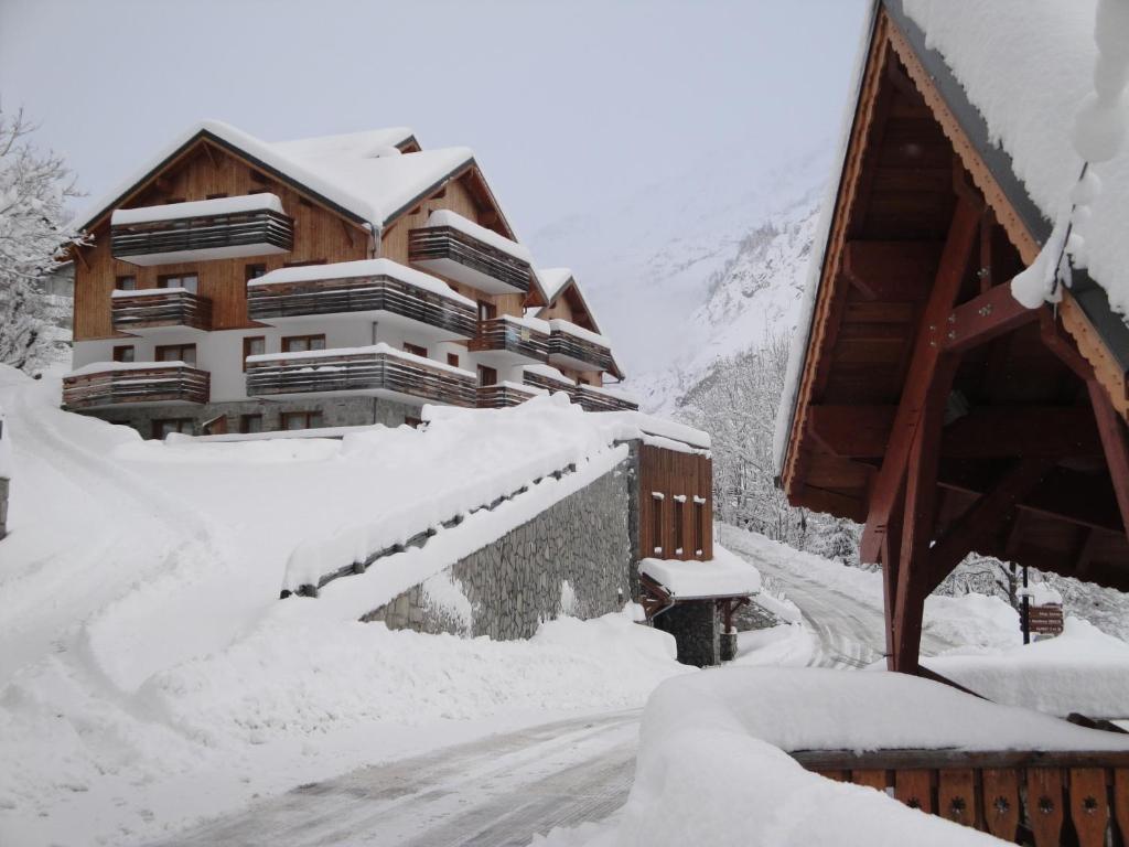 Apartments In Villard-reculas Rhône-alps