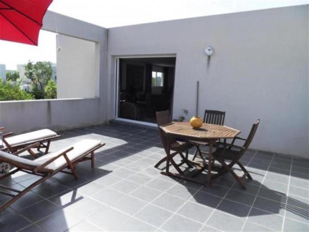 House Villa de prestige avec piscine privee - 5 chambres, Sète ...