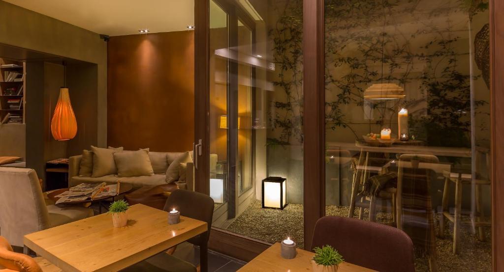 hidden hotel (france paris) - booking