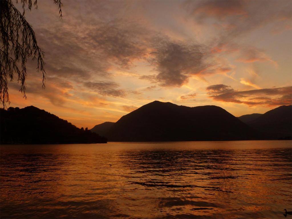 La Casa sul Lago d'Iseo(スル...