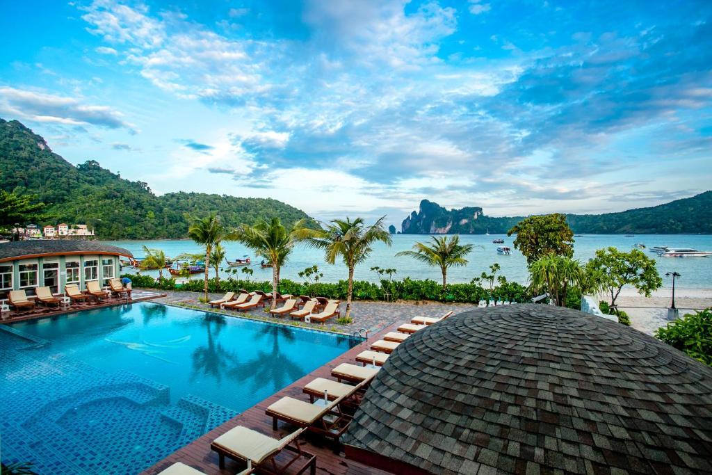 Piscina en o cerca de Phi Phi Harbour View Hotel
