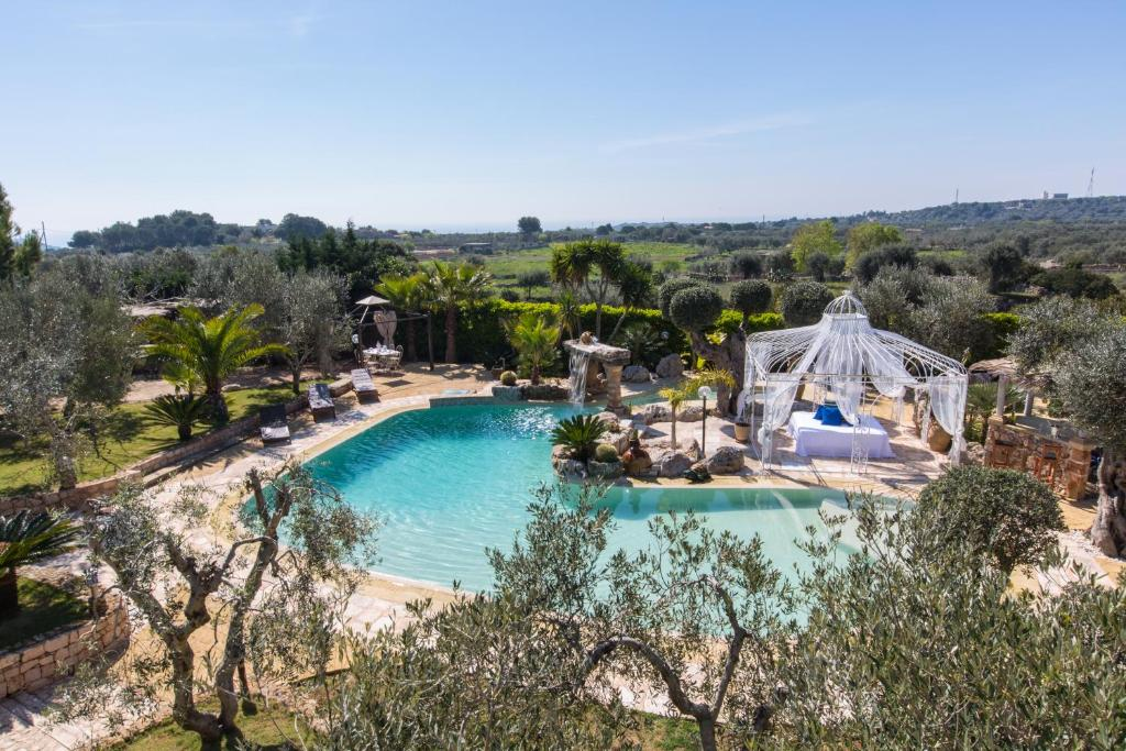 A view of the pool at villa lusso tiziana or nearby