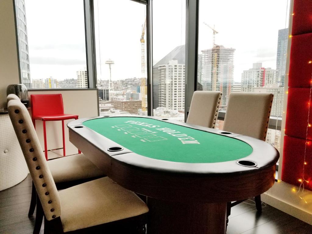 +24 photos & Apartment JustLuxe Designer Perfect Seattle WA - Booking.com