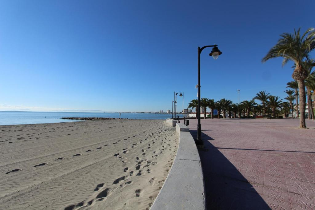 san pedro del pinatar single women Book the hotel lodomar spa &talasoterapia in san pedro del pinatar for as little as 6000 eur 4 hotel info stars 30% discount with business rate cancellation is free of charge recommended by 100% of all hotel guests.