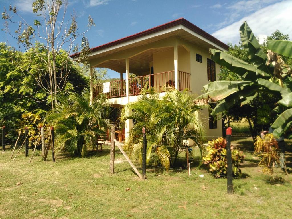 Casa de descanso Familia Salinas Acosta., Zapote ...