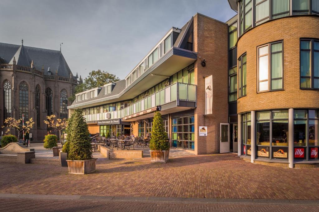 Hotel De Zwaan Raalte