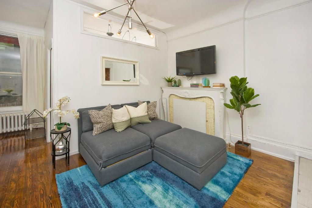 Apartment Prime Location Times Square 2 Bedrooms, New York, NY ...