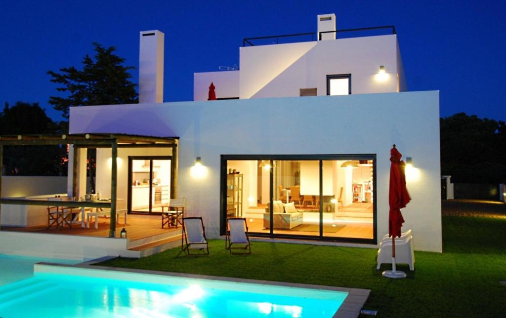 Comporta villas suites incluindo coment rios for Villas pequenas