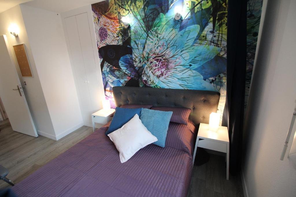 Apartment Studio Bordeaux Chartrons Bis, France - Booking.com