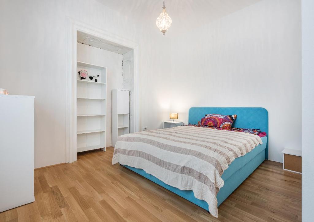 Letti A Castello Shabby Chic : Baroque shabby chic apartments lubiana u2013 prezzi aggiornati per il 2018
