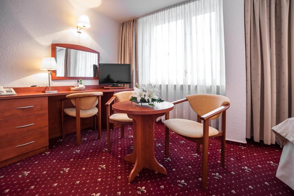 Area tempat duduk di Hotel Brda