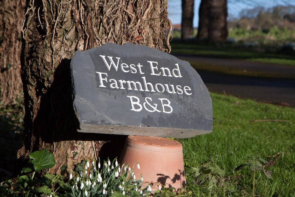 West End Flower Farm B&B, Alton, UK - Booking.com
