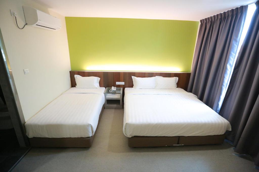 Pantai Regal Hotel
