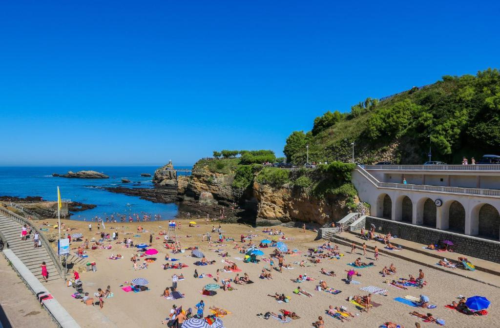 Praia Port Vieux em Biarritz