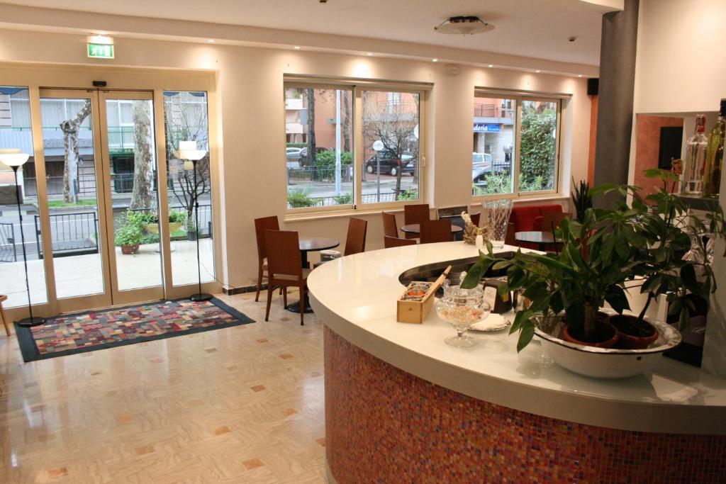 Piano Bagno In Ardesia : Hotel ardesia rimini italy booking