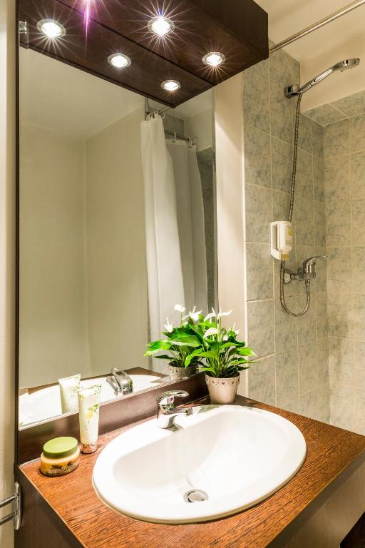 Aparthotel adagio access paris vanves porte de versailles vanves precios actualizados 2019 - Aparthotel adagio porte de versailles ...