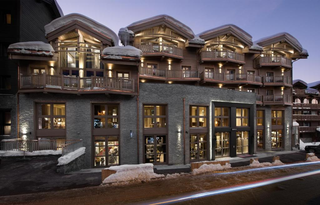 Hotel Le K2 Djola, Courchevel, France - Booking.com