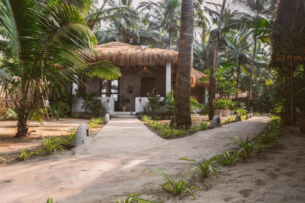 Palm Grove Beach Resort Mandrem India Booking Com