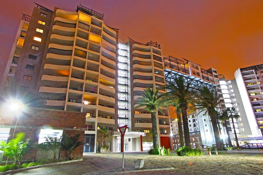 Apartment knightsbridge 407 cape town south africa for Knights bridge