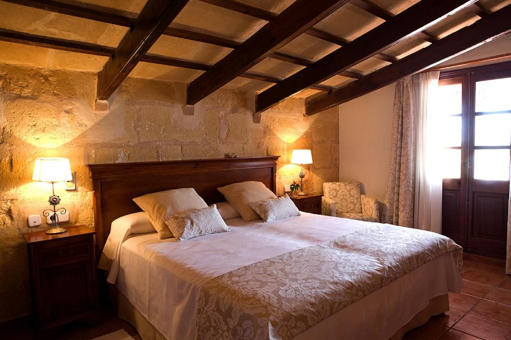 boutique hotels menorca  246