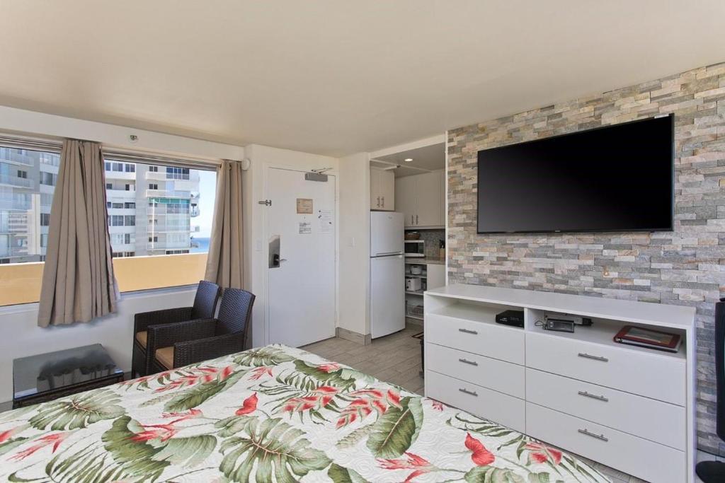 diamond head beach hotel residences 1205 ocean views and