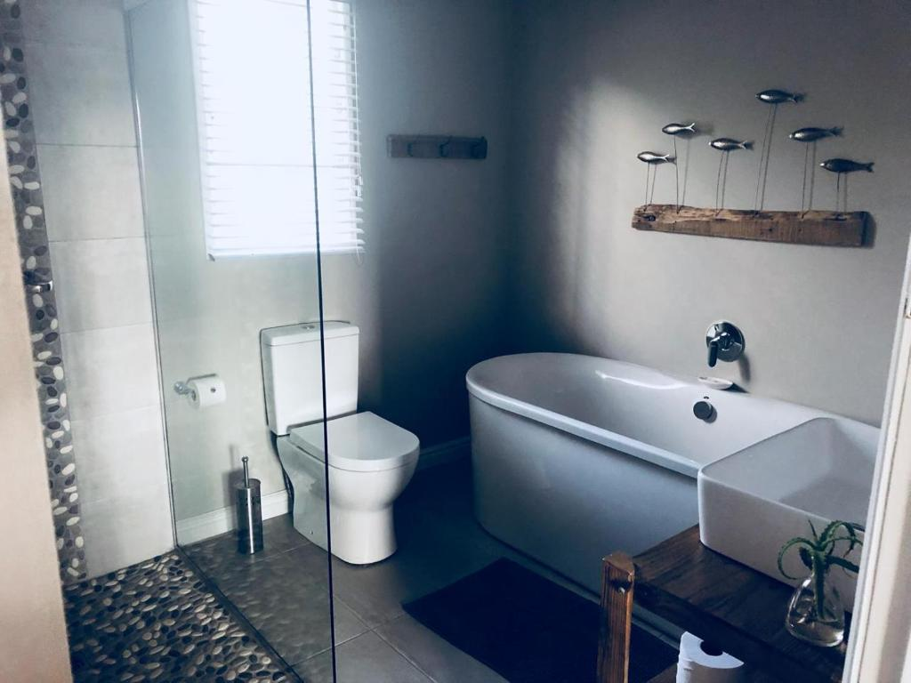 Corban Cottage, Hermanus, South Africa - Booking.com