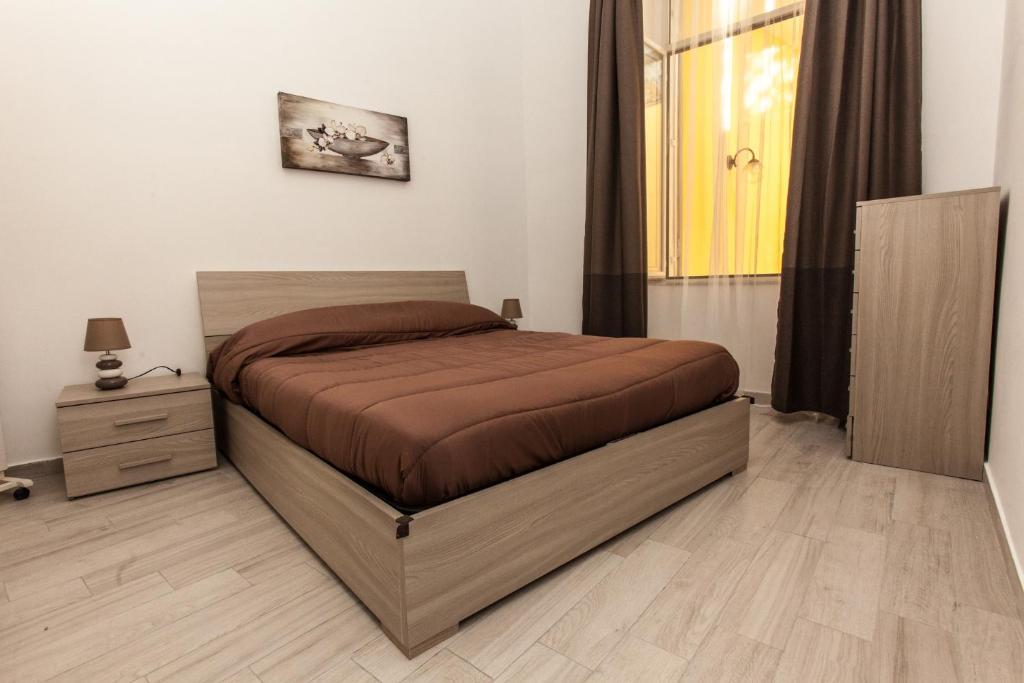 CASASÙ - appartamento con terrazzo al Vomero, Naples, Italy ...