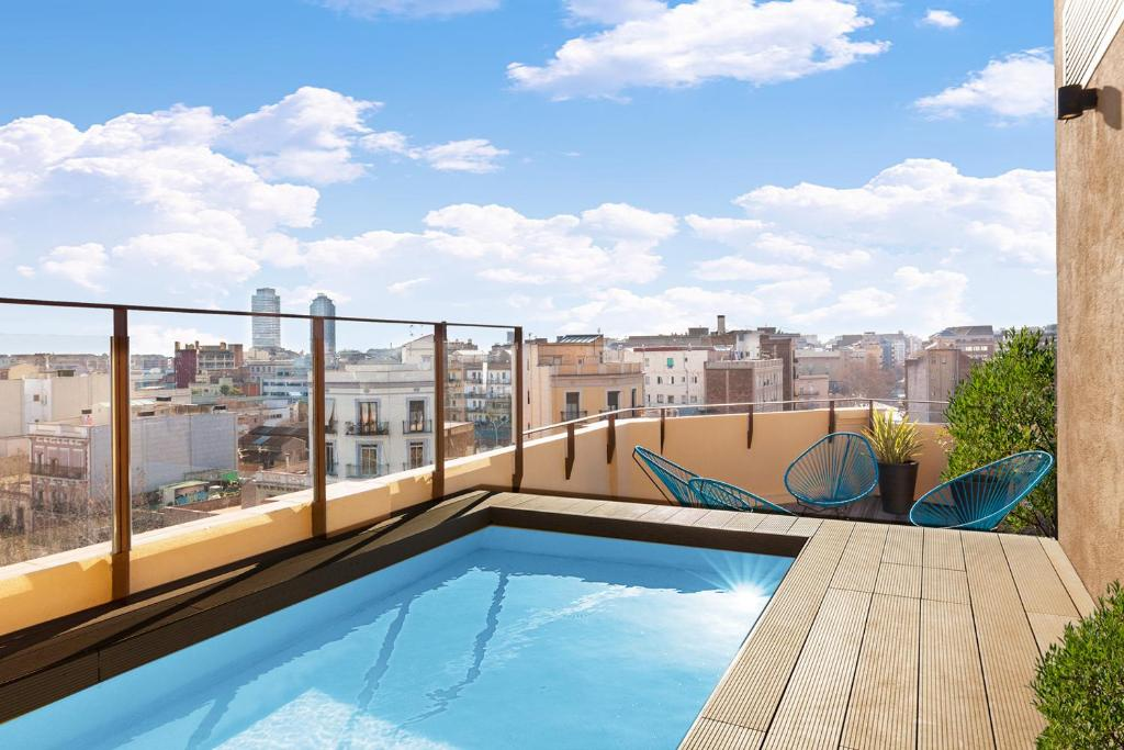 The swimming pool at or near Aspasios Poble Nou Apartments