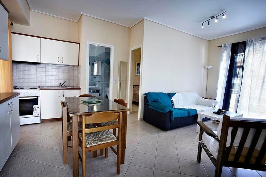 Апартаменты в Ситония на море