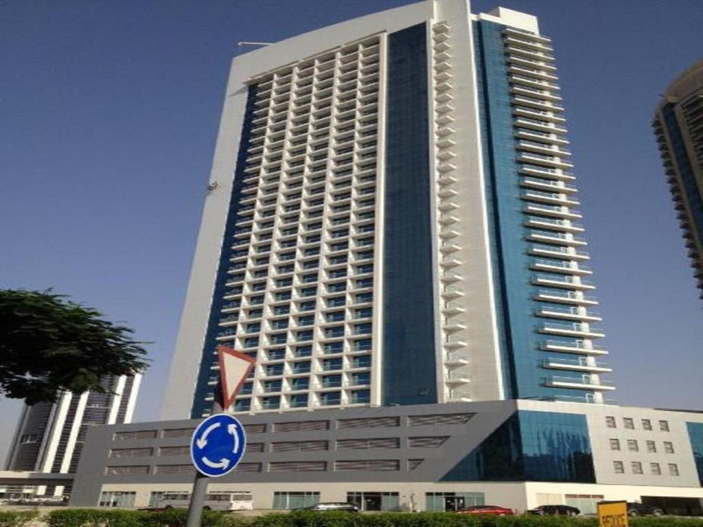 Express Holiday Homes - Burj Al Nuj  Dubai  Uae