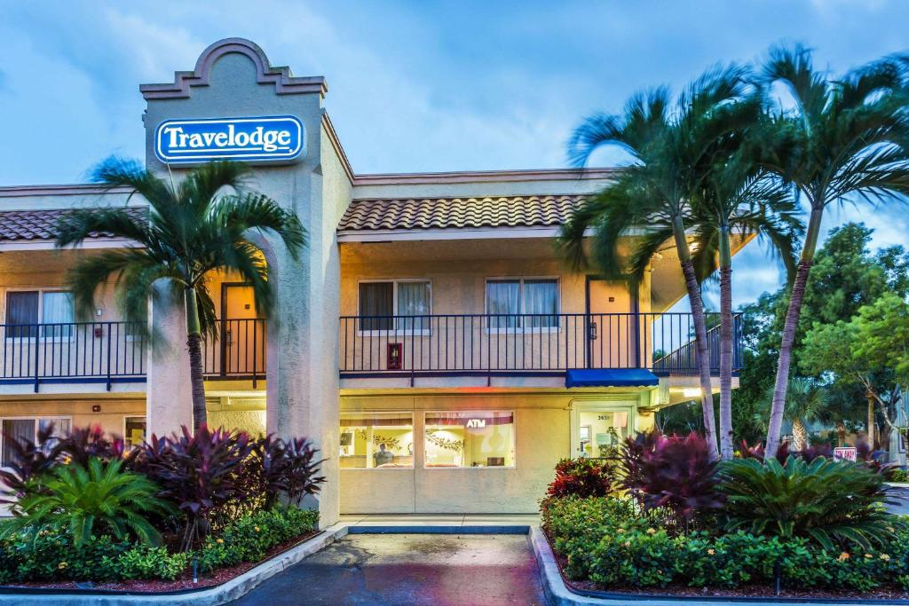 Travelodge By Wyndham Riviera Beach West Palm Reserve Now Gallery Image Of This Property
