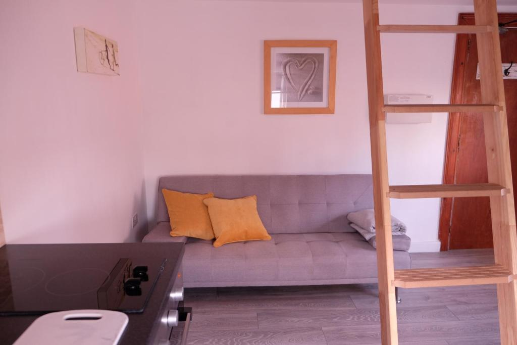 Scandinavian Style Loft Studio Apartment - F7, Brighton & Hove ...