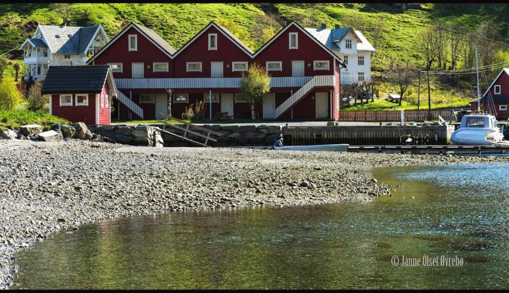 Apartments In Holmedal Sogn Og Fjordane