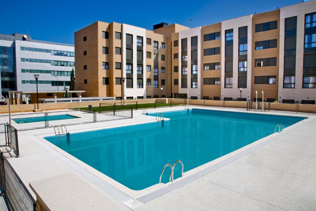 Hotel compostela suites madrid spain - Hotels in madrid spain with swimming pool ...