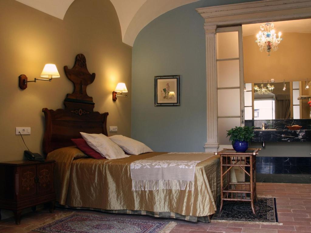 hoteles con encanto en sant llorenç de la muga  9