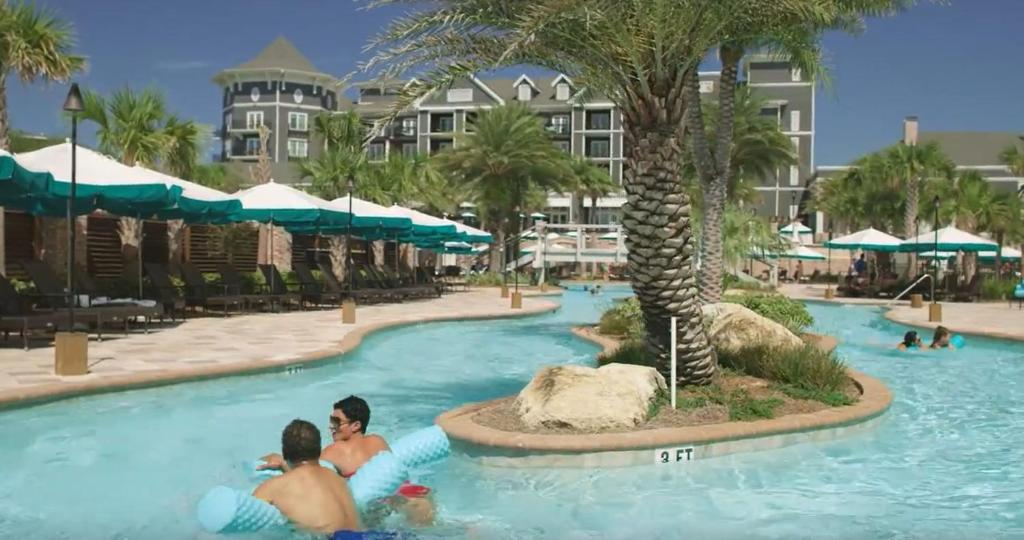 Condo hotel the henderson lofts destin fl - Florida condo swimming pool rules ...